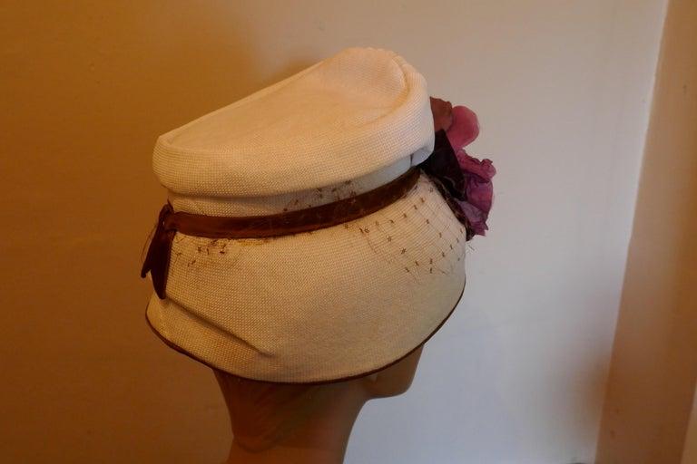Original 1950s Pill Box Hat by Condo Model For Sale 1