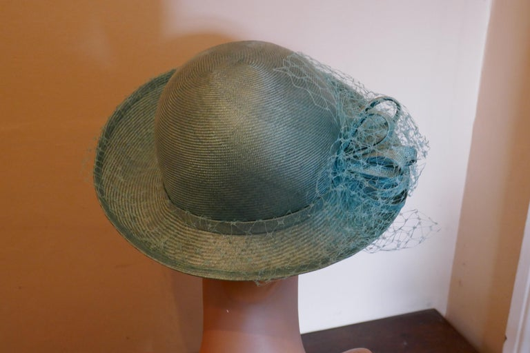 Original 1960s Duck Egg Green Veiled Shiny Panama Hat by Edna Wallace For Sale 2