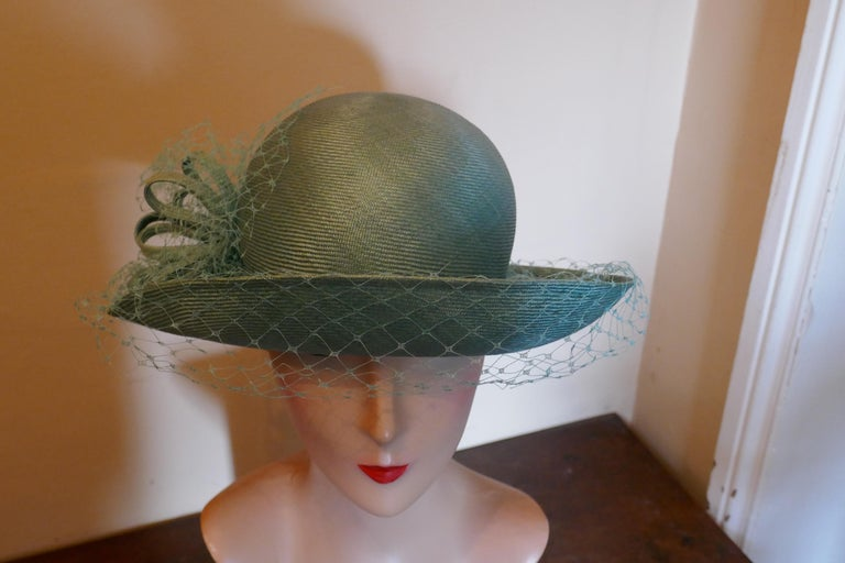 Original 1960s Duck Egg Green Veiled Shiny Panama Hat by Edna Wallace For Sale 4