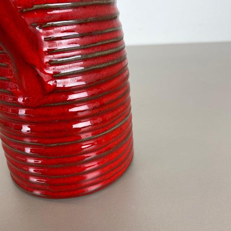 Original 1970 Red Ceramic Studio Pottery Vase by Marei Ceramics, Germany For Sale 8