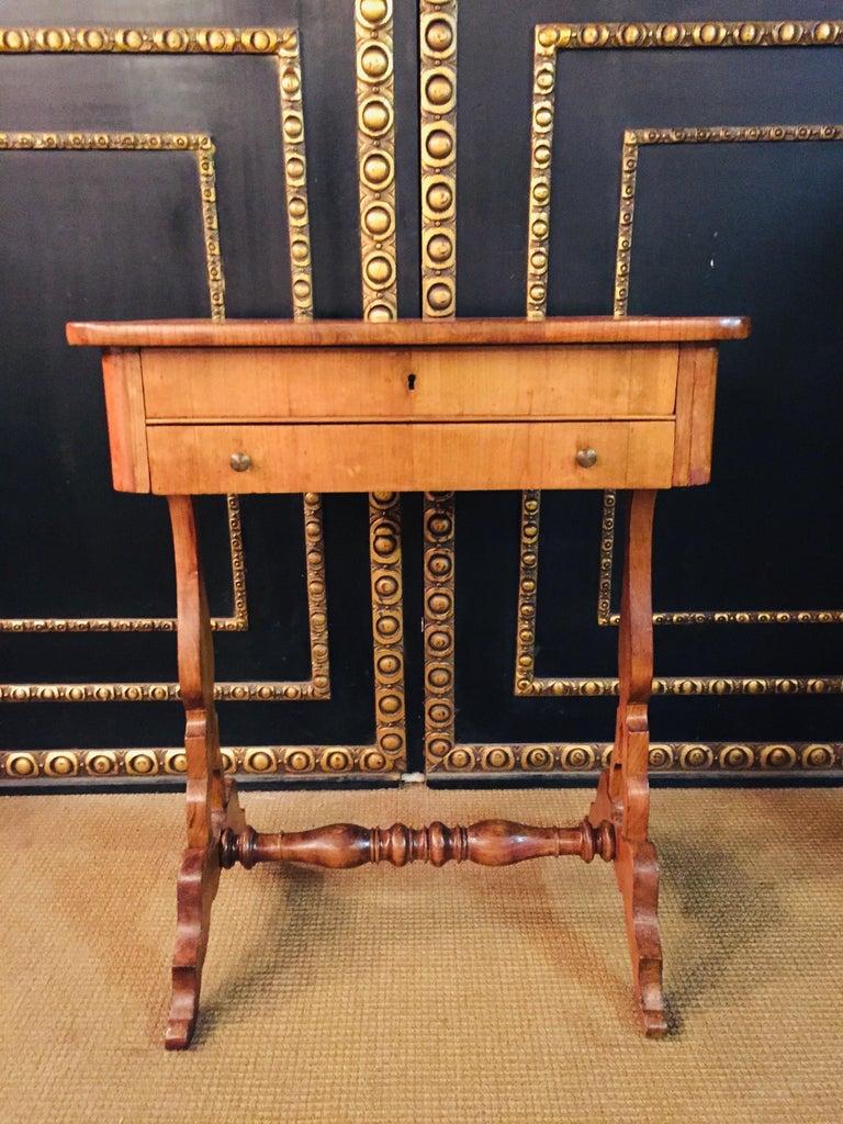 Original 19th Century Biedermeier Sewing Table Lyra Legs Cherrywood In Good Condition For Sale In Berlin, DE