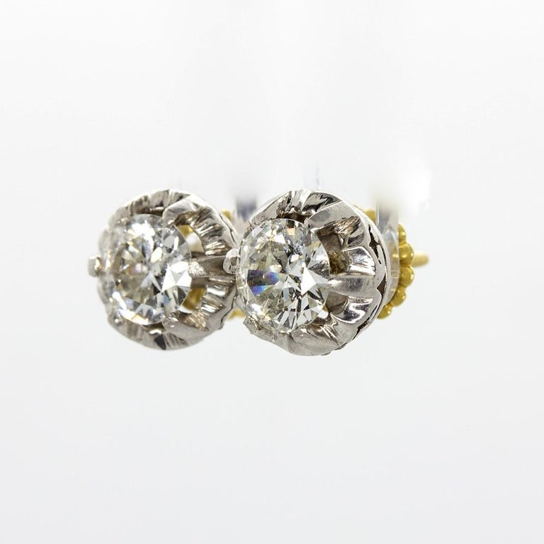 Original Antique Art Deco 18 Karat and Platinum Old Mine Cut Diamonds Earrings For Sale 1