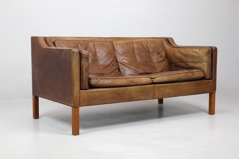 Mid-Century Modern Original Borge Mogensen 2212 Sofa in Patinated Leather, Denmark, 1960s-1970s
