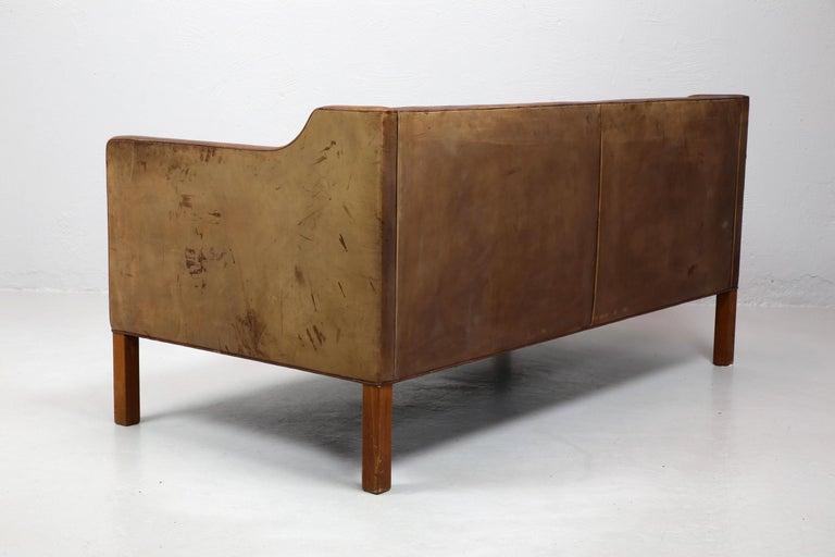 Danish Original Borge Mogensen 2212 Sofa in Patinated Leather, Denmark, 1960s-1970s