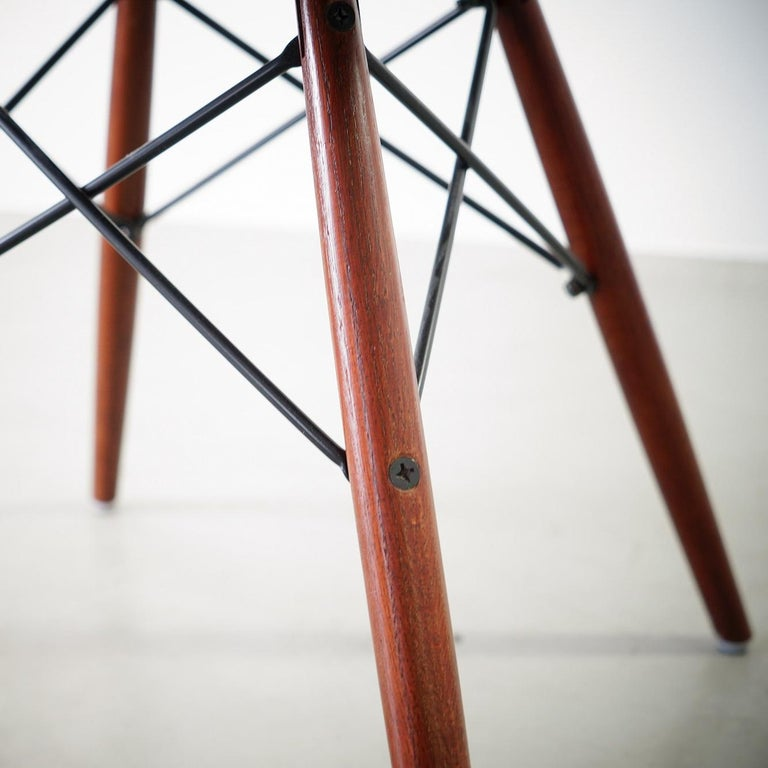 Mid-Century Modern Original Brown Side Chair DSW Designed by Charles and Ray Eames For Sale