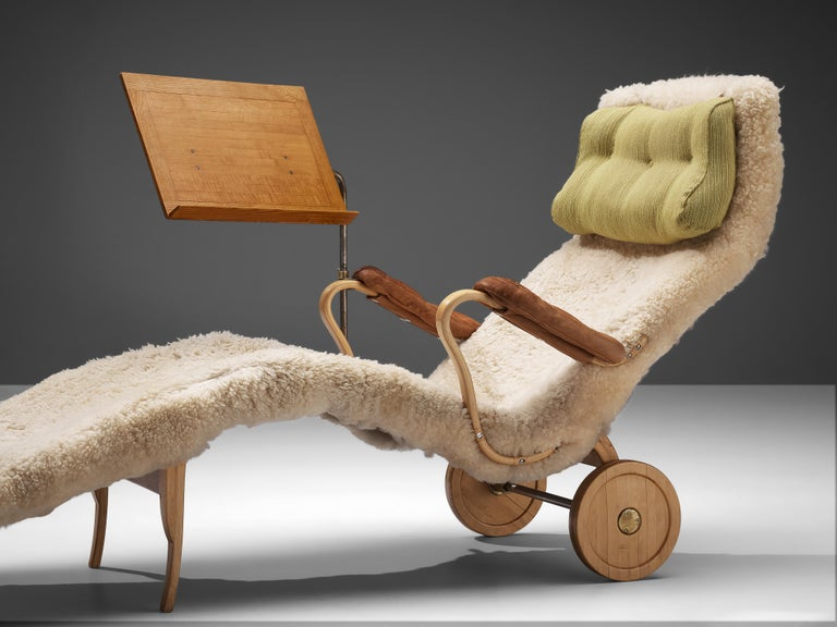 Original Bruno Mathsson 'Pernilla' Chaise Longue in Beech, Leather and Shearling For Sale 1