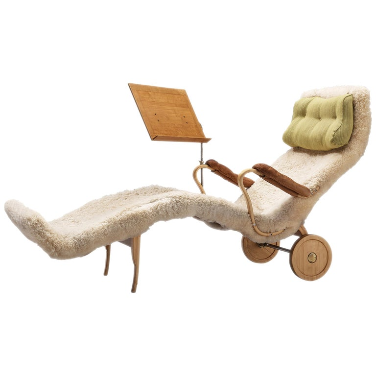 Original Bruno Mathsson 'Pernilla' Chaise Longue in Beech, Leather and Shearling For Sale