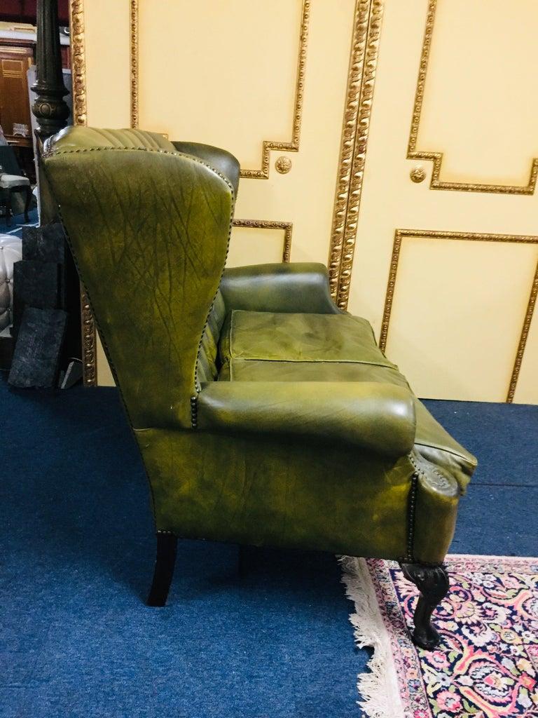 Original Chesterfield Sofa Queen Ann Modell in Green For Sale 5