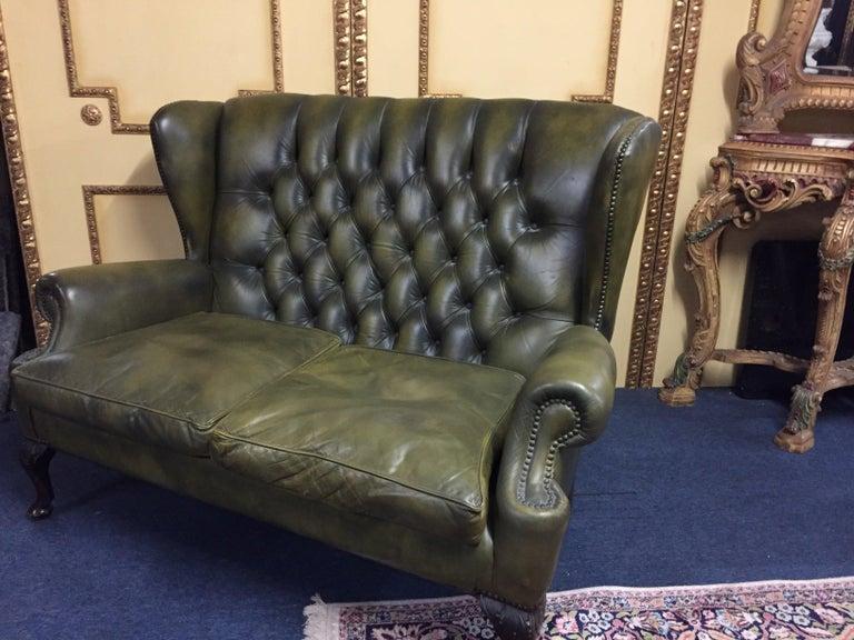 Original Chesterfield Sofa Queen Ann Modell in Green For Sale 8