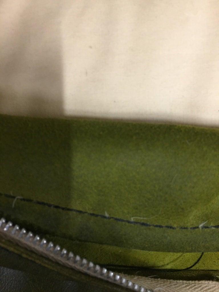 Original Chesterfield Sofa Queen Ann Modell in Green For Sale 3