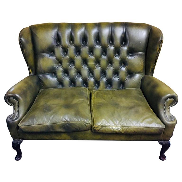 Original Chesterfield Sofa Queen Ann Modell in Green For Sale