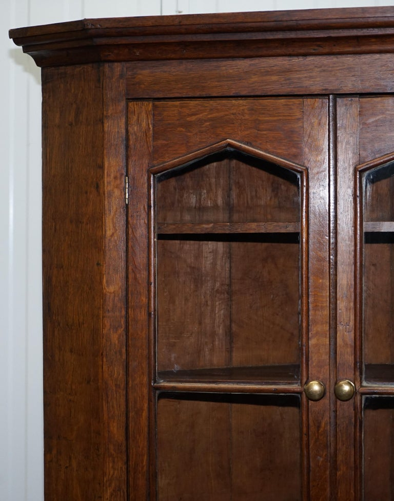 Original circa 1840 Victorian Honey Oak Corner Cupboard Bookcase Brass Handles For Sale 2