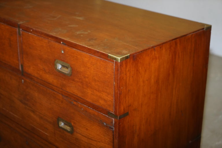 Original circa 1900 Army & Navy C.S.L Stamped Military Campaign Chest of Drawers For Sale 4