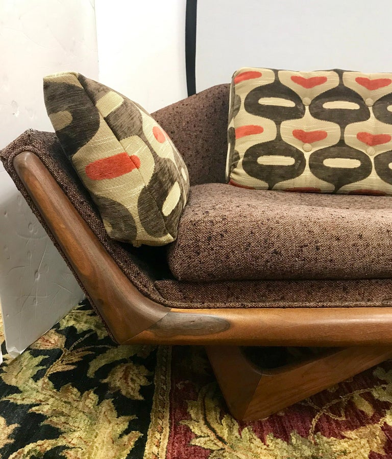 American Craft Associates Adrian Pearsall Designed Famed Extra Large Gondola Sofa For Sale