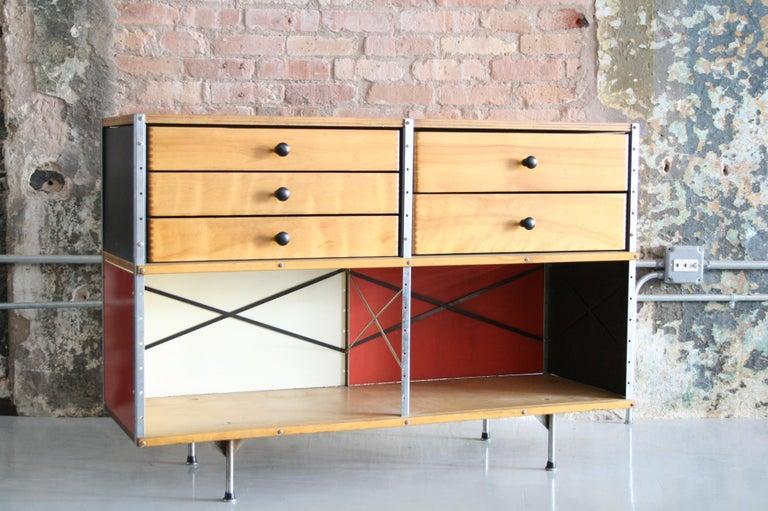 Mid-Century Modern Original Eames 2nd Generation ESU 'Eames Storage Unit' Herman Miller For Sale