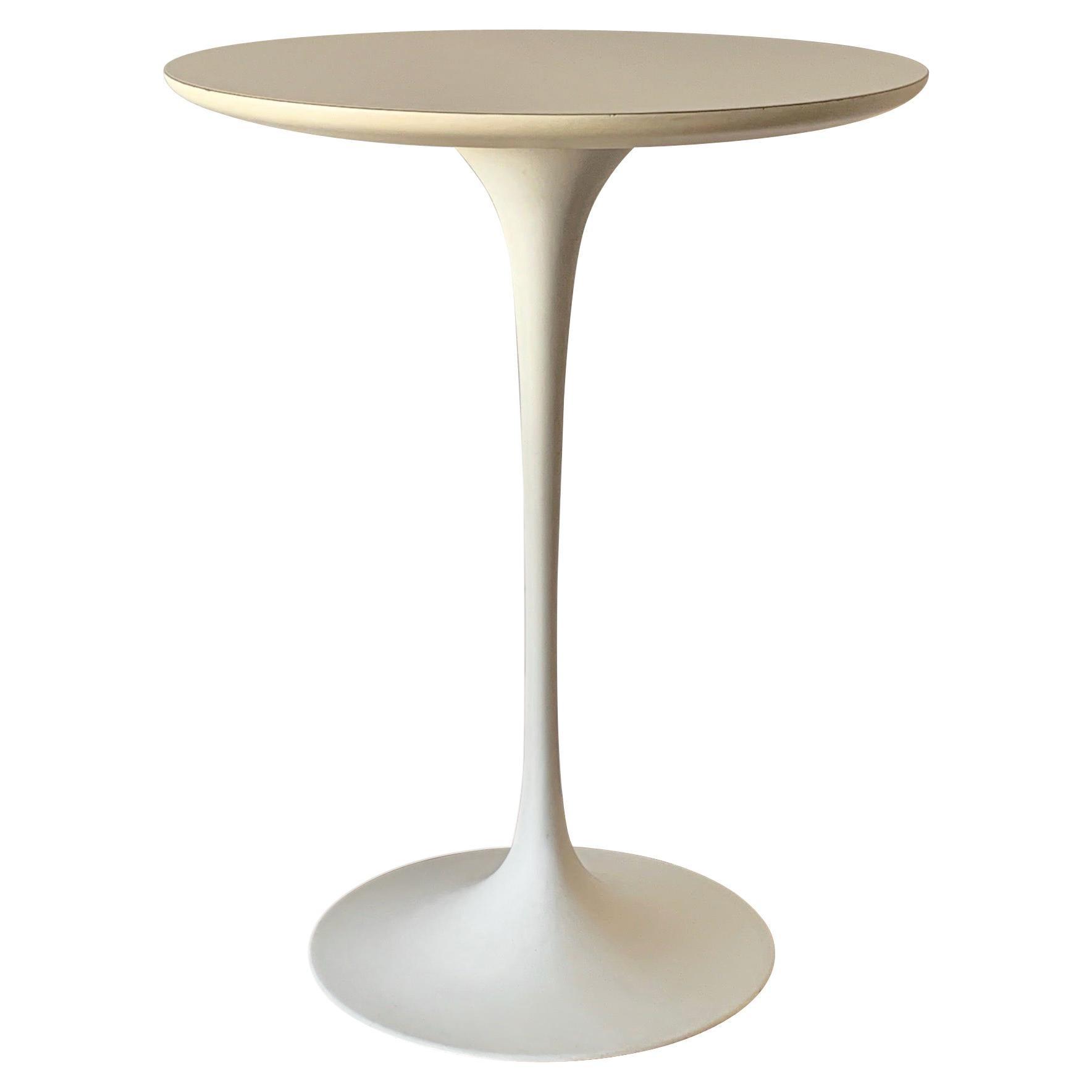 Original Eero Saarinen for Knoll International Tulip Side Table