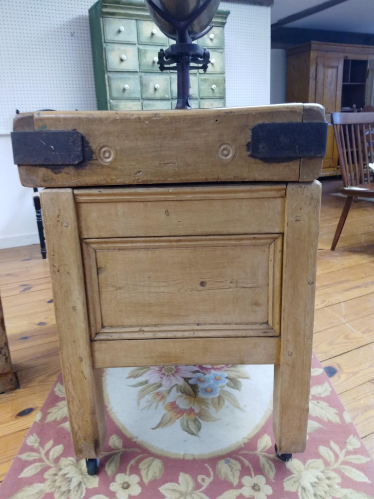 It is hard enough to find butcher block tables but to find an original with its original base and two drawers that work front and back makes this piece truly one-of-a-kind. Made of maple, circa 1870, it is in fabulous condition and also has its