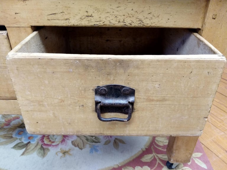 Original English Butcher Block with Two Drawers For Sale 1