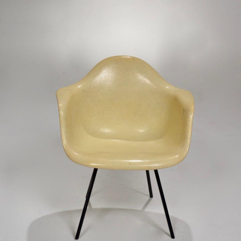 Mid-20th Century Original First Generation Eames Zenith Rope-Edge LAX Lounge Chair For Sale