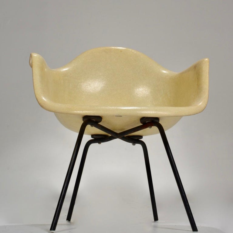 Fiberglass Original First Generation Eames Zenith Rope-Edge LAX Lounge Chair For Sale
