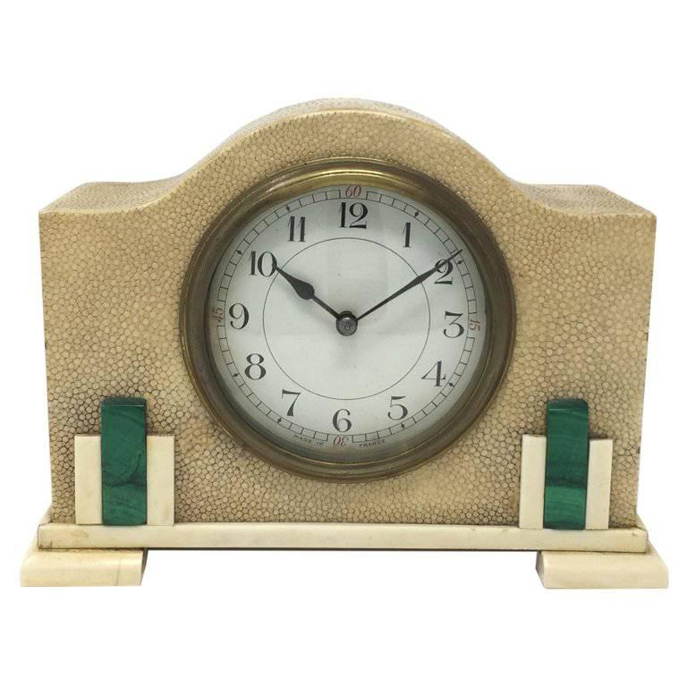 Original French Art Deco Table Clock in Shagreen and Malachite, 1930s