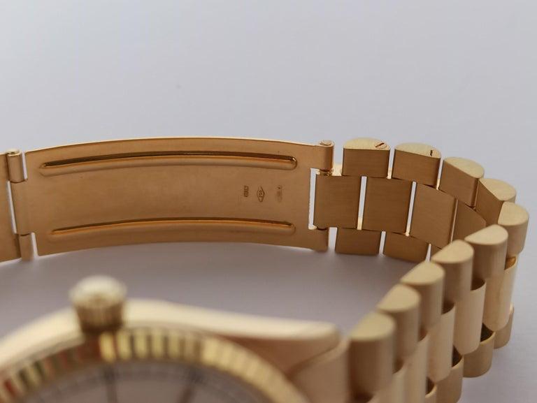 Original Geneve, DayDate Style 18 Karat Solid Gold Wristwatch President Bracelet For Sale 2