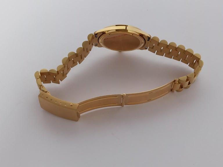 Original Genève Day Date Style 18 Karat Solid Gold Wristwatch President Bracelet For Sale 3