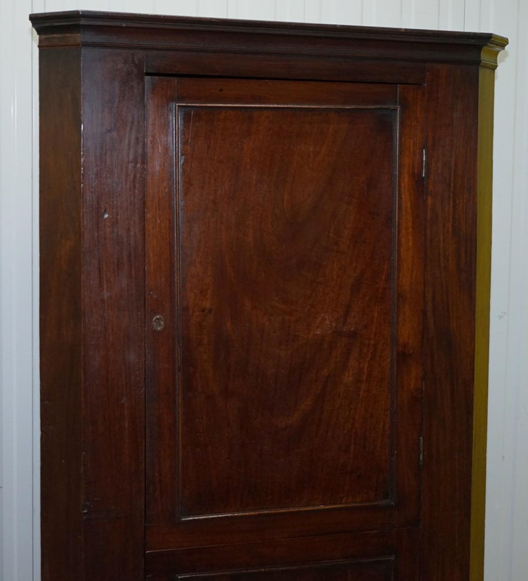 Original George III circa 1760 Solid Mahogany Corner Cupboard Large Bookcase In Fair Condition For Sale In London, GB