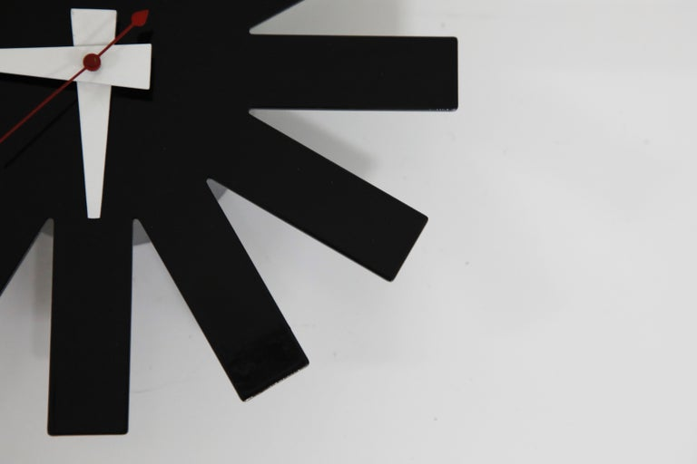 Original George Nelson for Howard Miller Black 'Asterisk' Wall Clock, circa 1960 In Excellent Condition For Sale In Los Angeles, CA