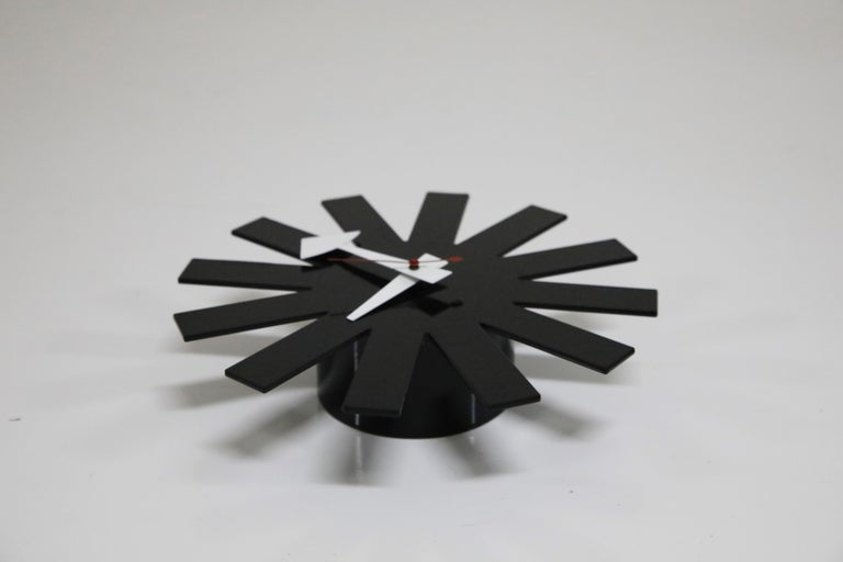 Original George Nelson for Howard Miller Black 'Asterisk' Wall Clock, circa 1960 For Sale 2