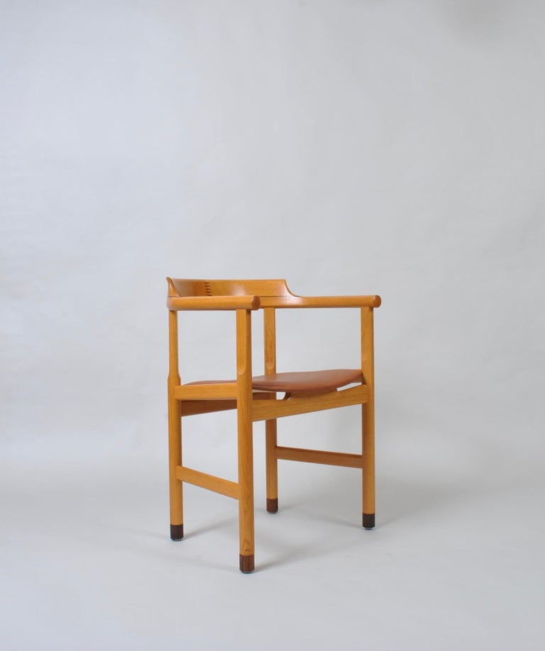 Original Hans J Wegner Oak and Tan Leather Chair For Sale 11