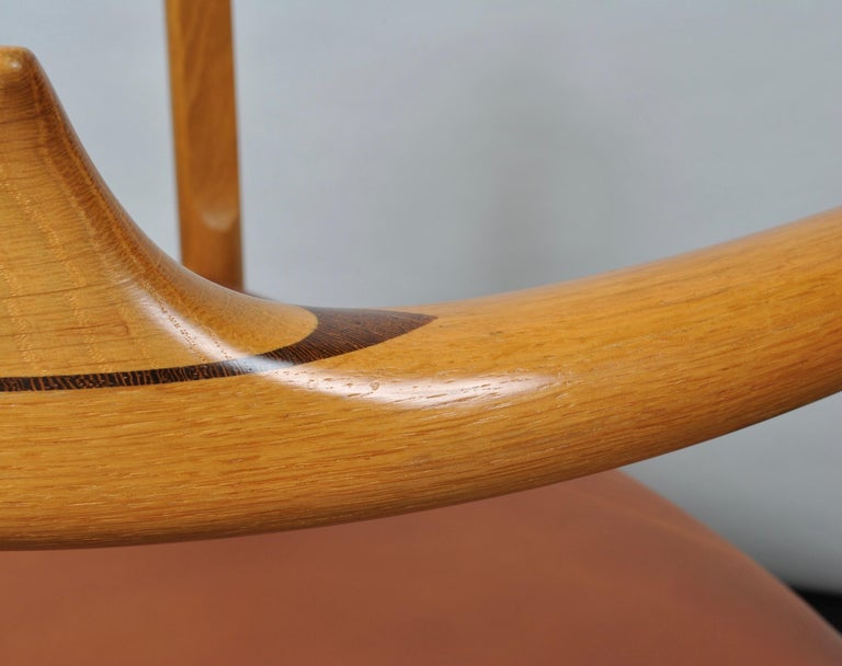 Danish Original Hans J Wegner Oak and Tan Leather Chair For Sale