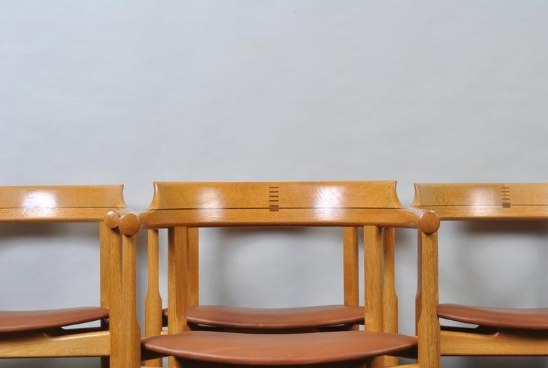 Original Hans J Wegner Oak and Tan Leather Chair For Sale 1