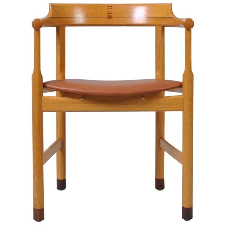 Original Hans J Wegner Oak and Tan Leather Chair For Sale