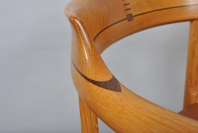 Original Hans J Wegner Oak and Tan Leather Chairs, Set of 6 For Sale 5