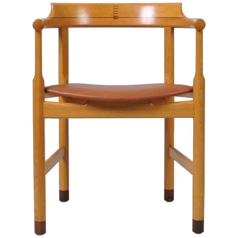 Original Hans J Wegner Oak and Tan Leather Chairs, Set of 6 For Sale
