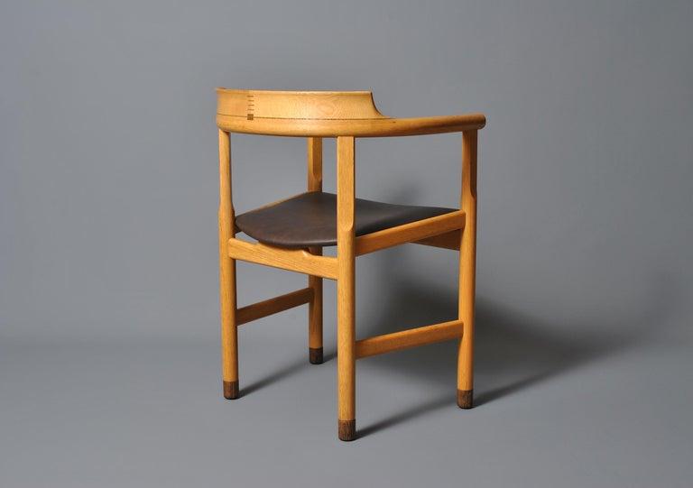 20th Century Original Hans J Wegner PP52 Chair For Sale