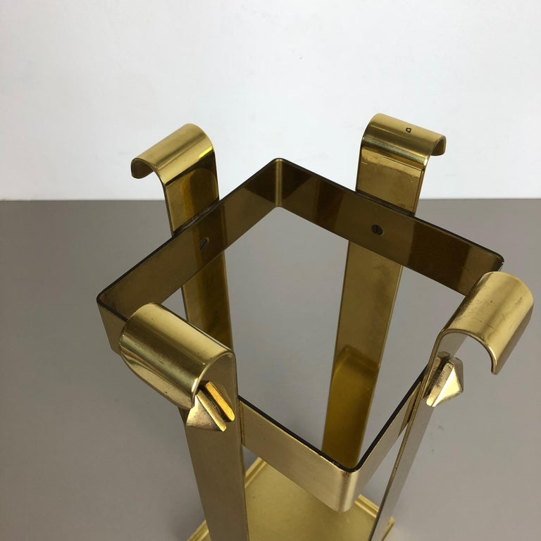 Original Hollywood Regency Solid Brass Umbrella Stand, Italy, 1970s No. 2 For Sale 6