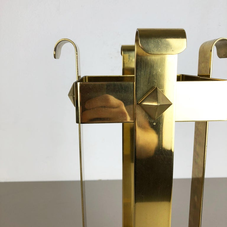 Original Hollywood Regency Solid Brass Umbrella Stand, Italy, 1970s No. 2 For Sale 1