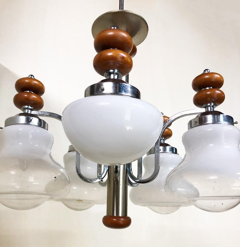 Original Italian Five-Light Chandelier from 1970 Chrome, Wood and Glass For Sale 4
