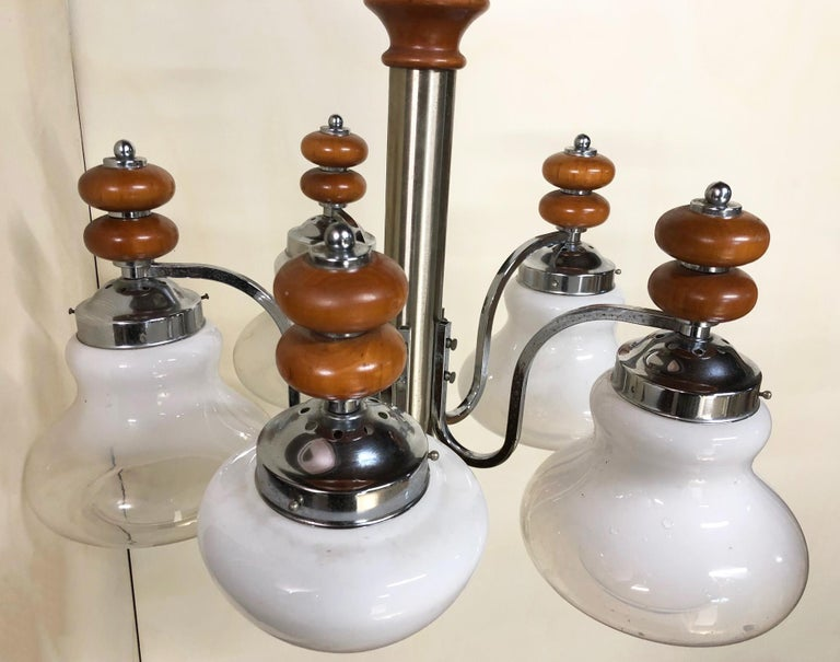 Original Italian Five-Light Chandelier from 1970 Chrome, Wood and Glass For Sale 5