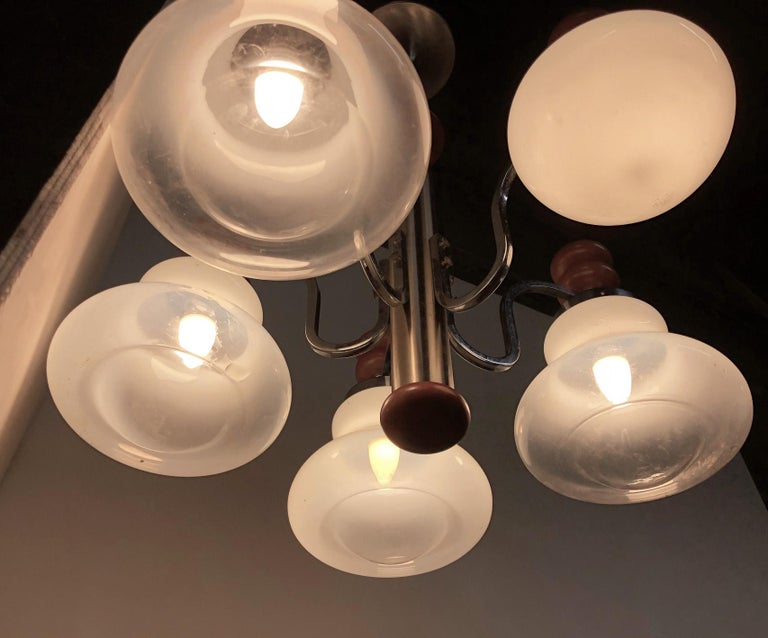 Original Italian Five-Light Chandelier from 1970 Chrome, Wood and Glass For Sale 6