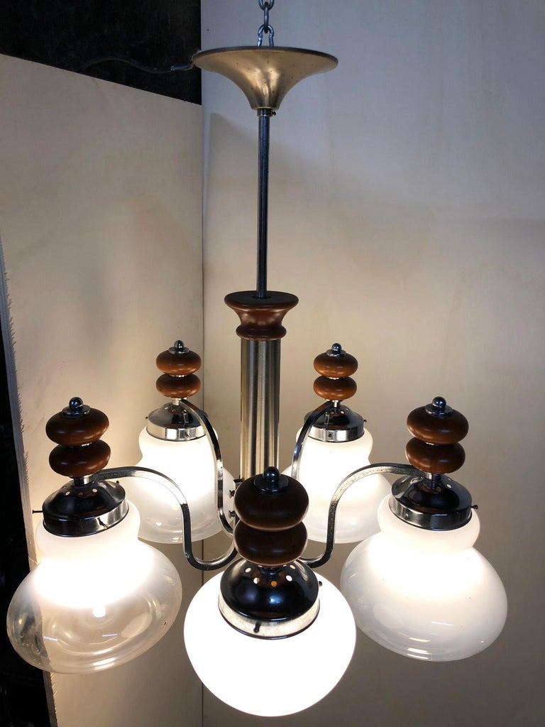 Original Italian Five-Light Chandelier from 1970 Chrome, Wood and Glass For Sale 7