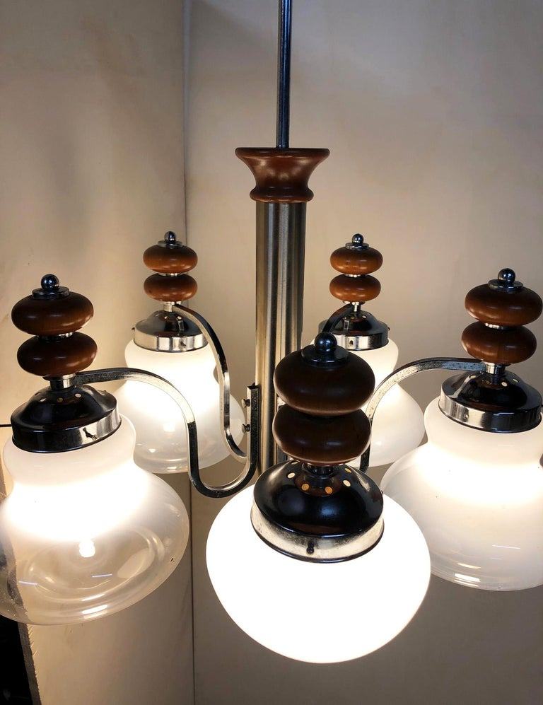 Original Italian Five-Light Chandelier from 1970 Chrome, Wood and Glass For Sale 3