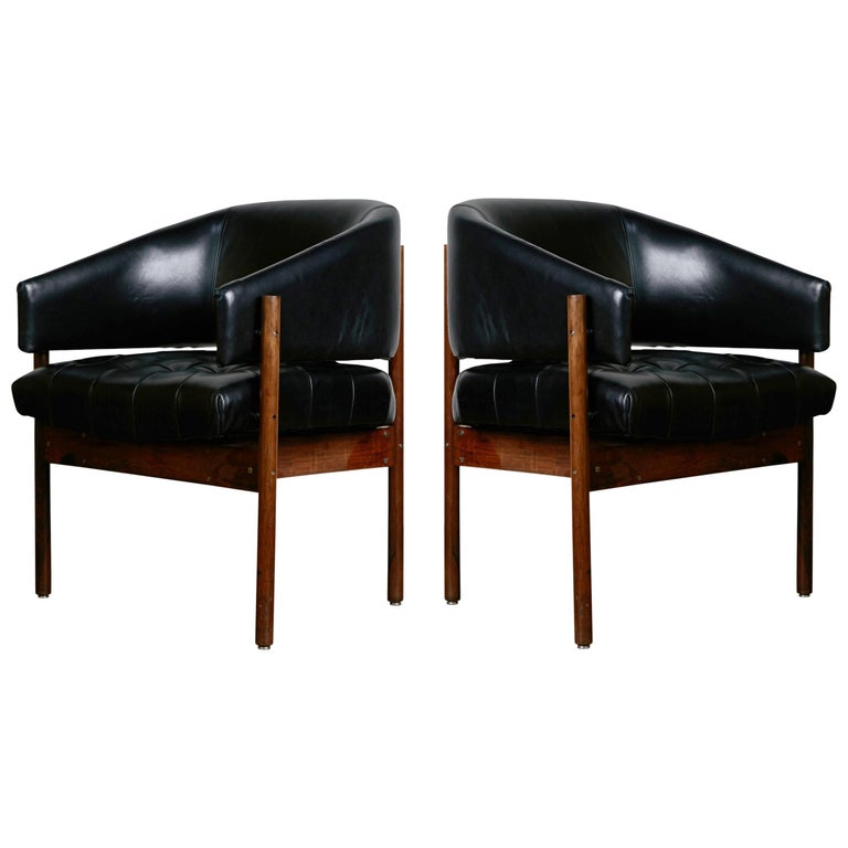 Jorge Zalszupin 'Senior' Rosewood & Leather Armchairs, Produced in 1972, Brazil For Sale