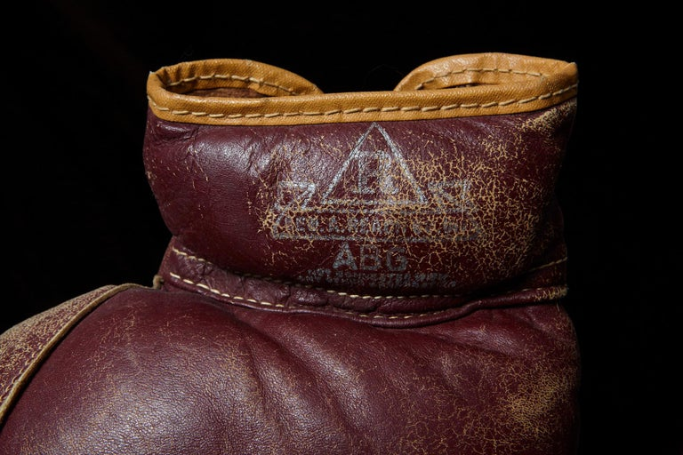 Original Leather Boxing Gloves by George a Reach Sporting Company, 1930s For Sale 4