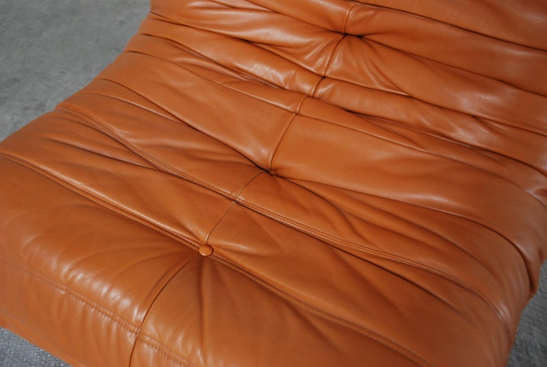 Original Ligne Roset Togo Cognac Aniline Leather Chair In Good Condition For Sale In Munich, Bavaria