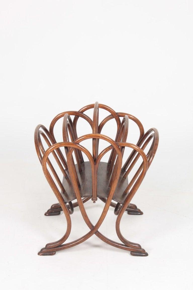 Original Magazine Rack Designed Thonet, Model No 1 In Good Condition For Sale In Lejre, DK