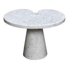Original Mangiarotti 'Eros' Side Table in Marble for Skipper, Italy, circa 1970