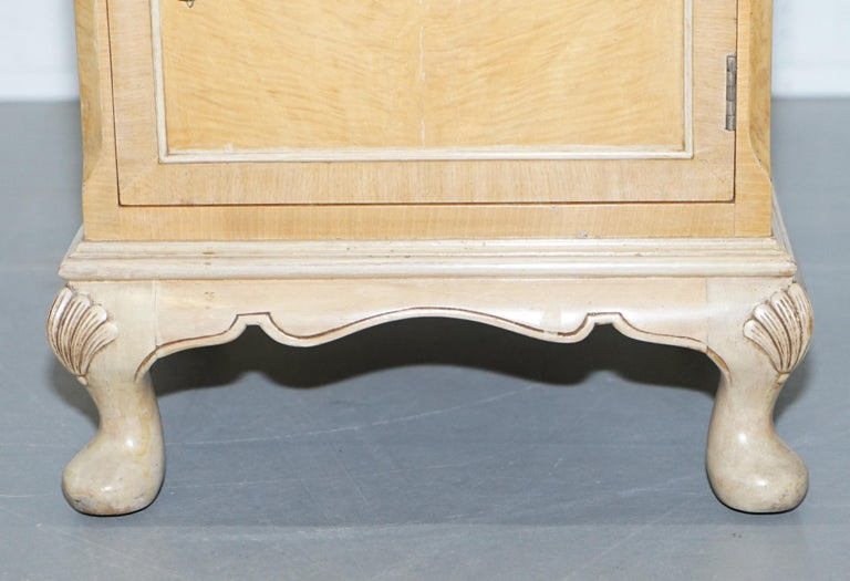 Original Maple & Co Art Deco circa 1930s Burr Walnut Bed Side Table Cabinet For Sale 1
